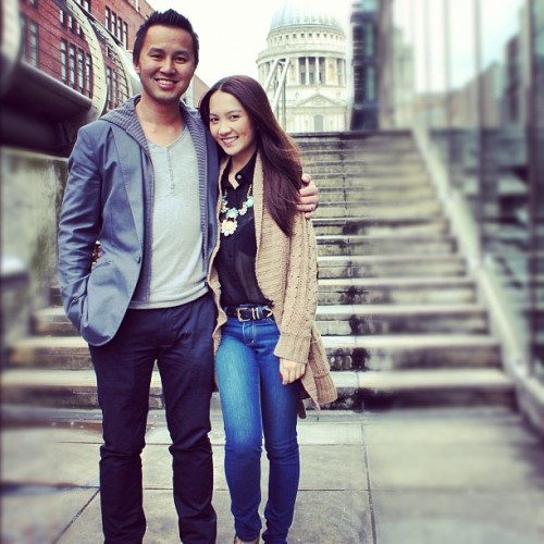 Lovers in Lon! #London #reminiscing #holiday #love #lee #denim #jeans #knit #ZARA #tourists #photography   (Taken with Instagram)