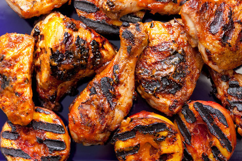wehavethemunchies:  Grilled Chicken with Nectarine Barbecue Sauce Recipe