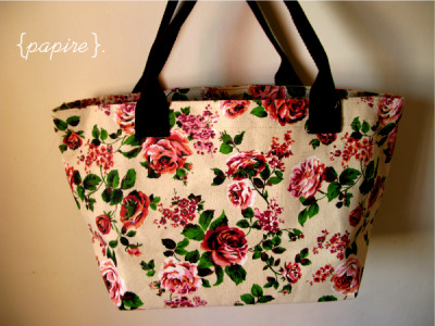 Painted Roses Canvas Tote  Dimension: 44(W) * 25(H)  Base Dimension : 14 * 30 cm Handle Height: 14.5cm Good quality canvas and printing  Thick canvas used Internally Lined with Natural Hemp Linen Sturdy and durable handle and workmanship Able to take heavy items Zip compartment and 2 pockets on the inside Bag can be zipped on the top Gorgeous design with great colour scheme Comes with a base board  SGD$30.00 each Mailing List Members: SGD$28.00 !  Details: