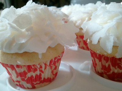 Mini Coconut Snowball Cupcakes by tawest64 on Flickr.