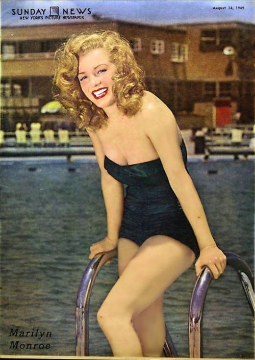 #Marilynettes ~ Marilyn Monroe in the Sunday News circa [August 14, 1949]