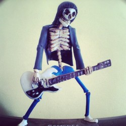 #ramones #zombie #art #toy #heyho  (Publicado com Instagram, no Weird Clothing 666)