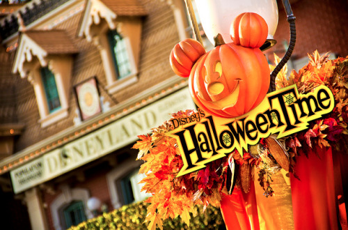 dashofdisney:  In the Halloween Spirit  Halloween starts September 14th, which means it is almost here! :D