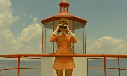 I finally saw Moonrise Kingdom. It was beautiful.