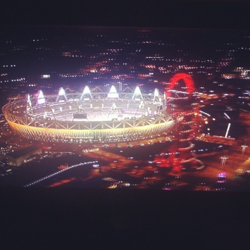 Watching the closing ceremony, wish I was there so badly!!! 😔 (Taken with Instagram)