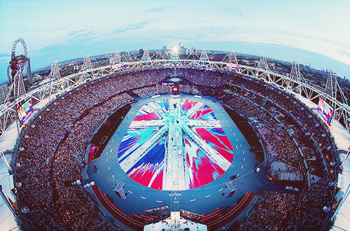 3liminate:  A general view of the stadium during the Closing Ceremony lool, watching it now and its much darker