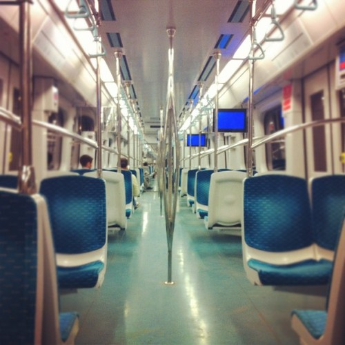 Tren / on Instagram http://instagr.am/p/OPa5XXJ53_/