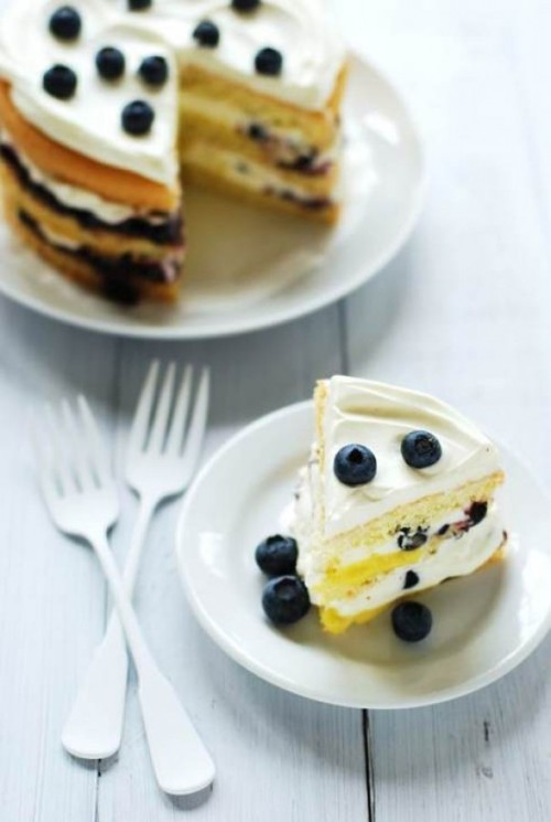 id-rather-have-food:  Wild blueberry cream cake