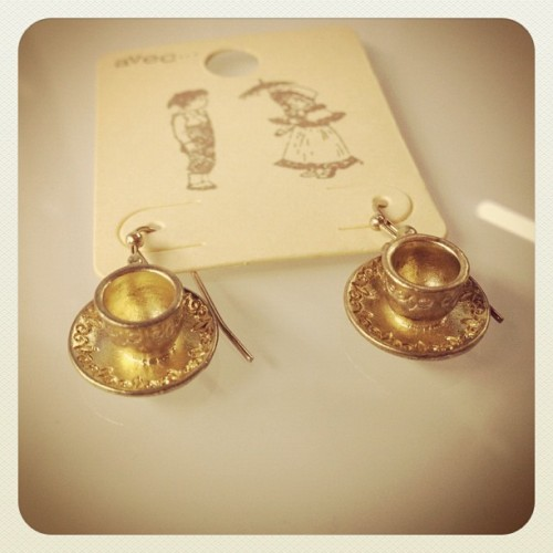 Mini tea-cups earrings!! Adoorable-  and only $14 for the pair. #jewelry #fashion #mini  (Taken with Instagram)