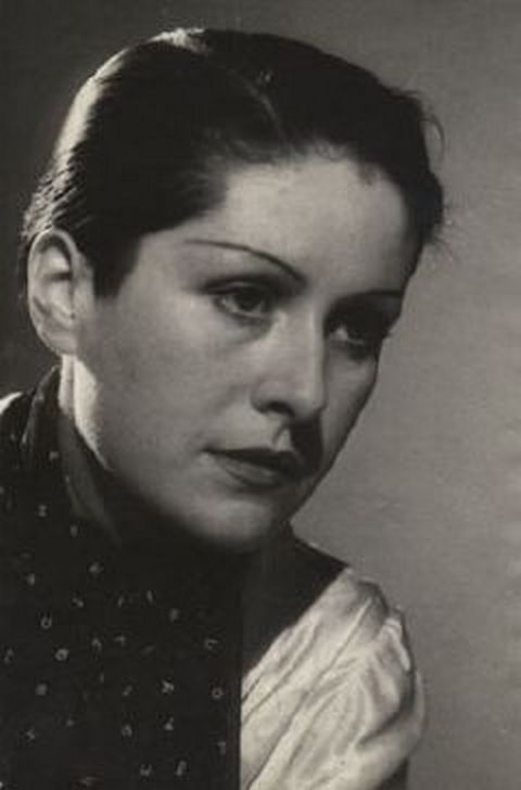Dora Maar - photographer and muse of Picasso. Her original name was Henriette Theodora Markovitch (1907-1997), born in Tours, France.
