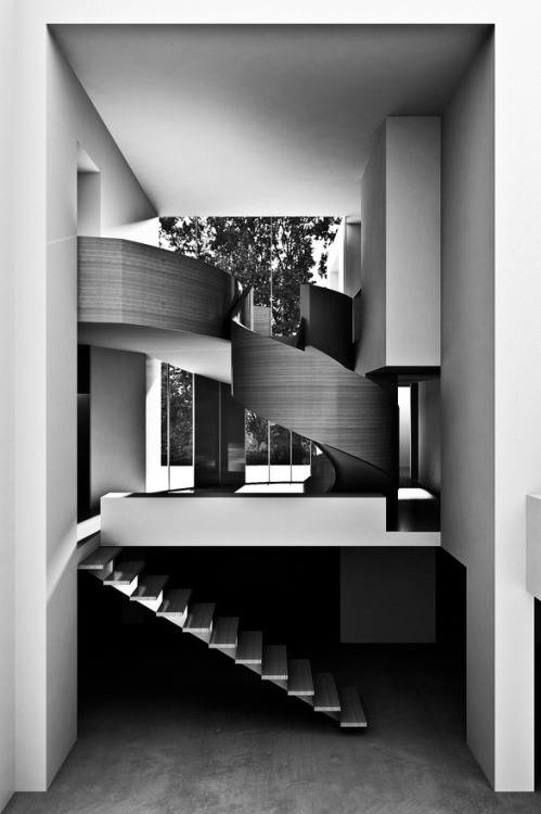 justthedesign:  justthedesign: Staircase Dualistic House By Antonino Cardillo Architects (Featured under the Tag: Architecture.)