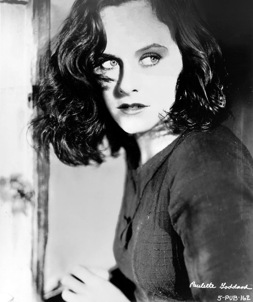 Paulette Goddard, promotional still for Modern Times (1936)