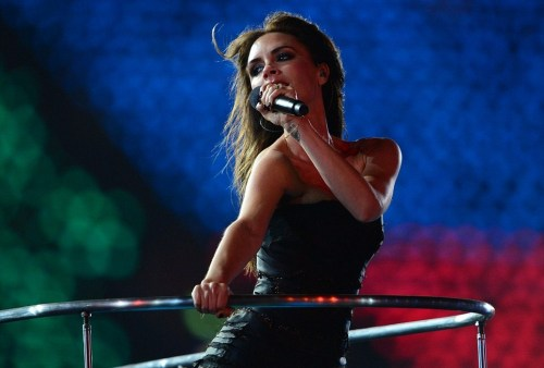 anasofia54:  Victoria Beckham at the Olympics closing ceremony.