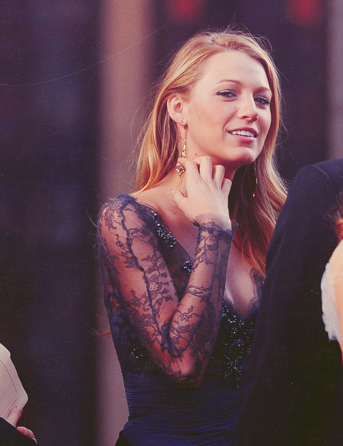 32/100 Favorite pictures of ☆ Blake Lively.