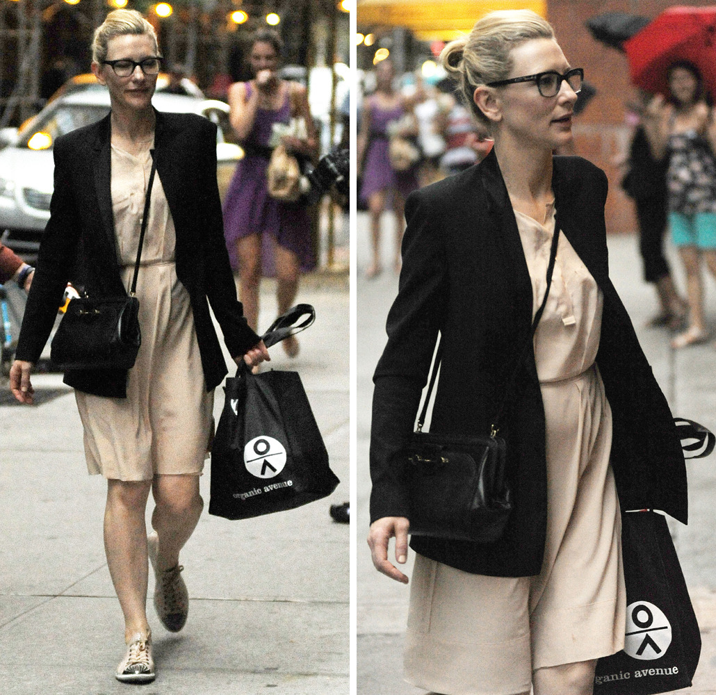 suicideblonde:  Cate Blanchett leaving the theater in NYC, July 28th  How do you spell perfection in Elvish?