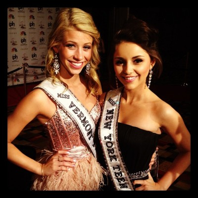Miss Vermont Teen USA & Miss New York Teen USA at Miss USA in Las Vegas Miss USA throwback photo thanks to Zac Grimaldo… Karsen Woods, Miss Vermont Teen USA & Sabrina Mastrangelo, Miss New York USA. These two Teens were incredibly friendly and it was really wonderful to getting to know them. Whilst I was hoping both would place, it was great seeing Sabrina make top 15 at Miss Teen USA, and Karsen winning Miss Congeniality :)