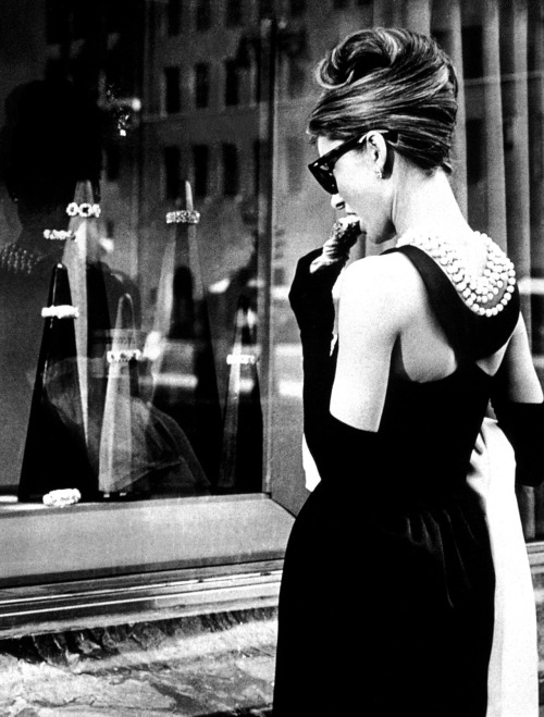 suicideblonde: Breakfast at Tiffany's