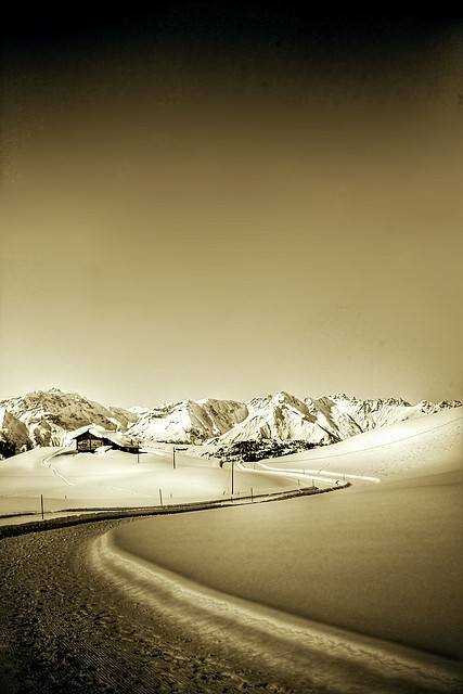 winter way 5 - mono by riisli on Flickr.