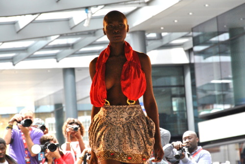 "Africa Fashion Week London 2012Read the article on InspirationNetwork.EU LIKE US Africa on Facebook:DFoto by:Michelovic | @Michel_Nunes""No reproduction without creditline"""