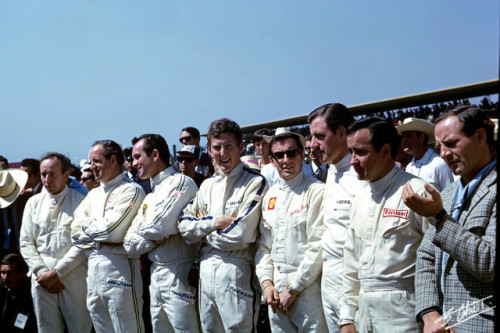 Drivers at the 1966 Mexican Grand Prix. Fiver if you can name 'em all.