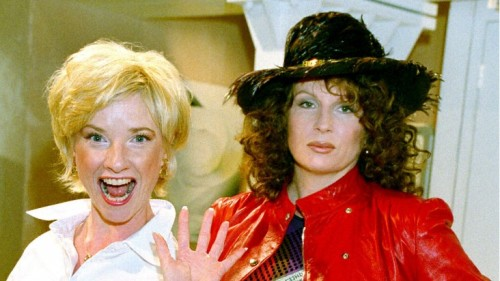 Tonight Jane Horrocks aka Bubble from Ab Fab Narrates What!? Super Tiny Animals on Logo at 10/9c!