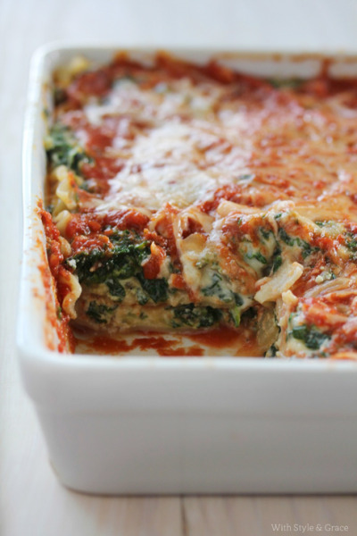 fattiesdelight:  Lightened Spinach Lasagna