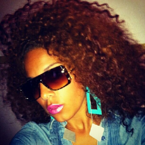 The ever so #fly #Miss @biancacimone! The #naturalhair, the #shades, the #pink #lipstick and the #earrings….#working it. #teamnatural #bighair #customcolor #makeup #jewelry #model #summer #picstitch #jj #shotout #photooftheday #igaddict #igers #igdaily #SWAG #fashionistas #fashion #sexy  (Taken with Instagram)