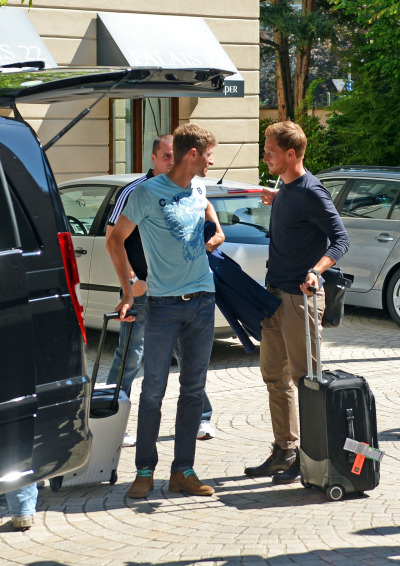fuckyeahowedes:  Arriving in Frankfurt today for NT training