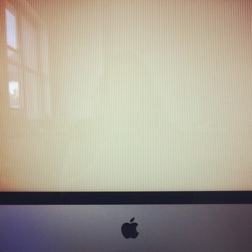 Ugh. My iMac need serious help from @dr_brendan.  (Taken with Instagram)