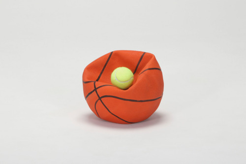 kiameku:  Daniel Eatock One + One Basket Ball + Tennis Ball 2012