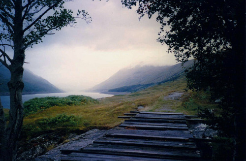 23/09/1995 Road to the Isles at Loch Treig » by Grahamtravels