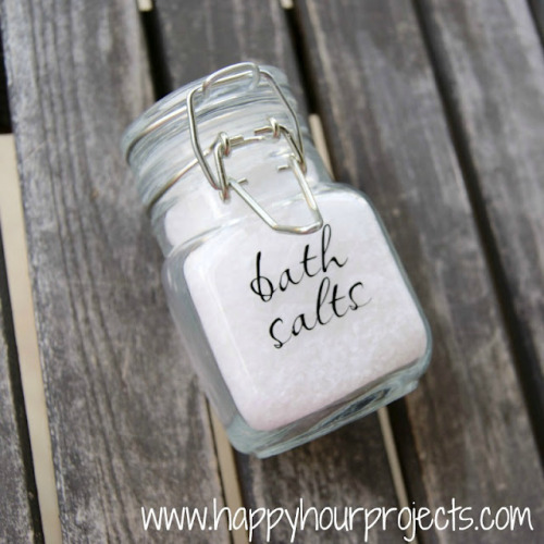 DIY Easy and Inexpensive Bath Salts from Happy Hour Projects here. I've been shying away from posting beauty and bath products because some of them require expensive or only available online ingredients. But not this one - even the $1.49 sea salt was from the market. I'm filing this under cheap gifts and holiday gifts. *Tip: if you have sensitive skin or are giving this as a gift, check out the types of essential oils they have. Some are specially made for bath and beauty products.