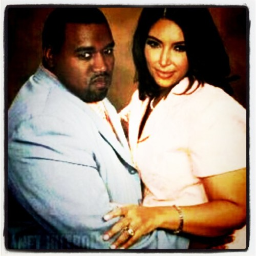 Yeezy likes em thick lol #funnyshit #Jayne #Kim  (Taken with Instagram)