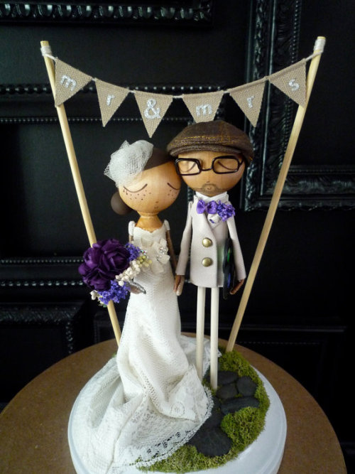 Customizable, handmade, wedding cake toppers. Amazing! Milk Tea by Bthanari on Etsy
