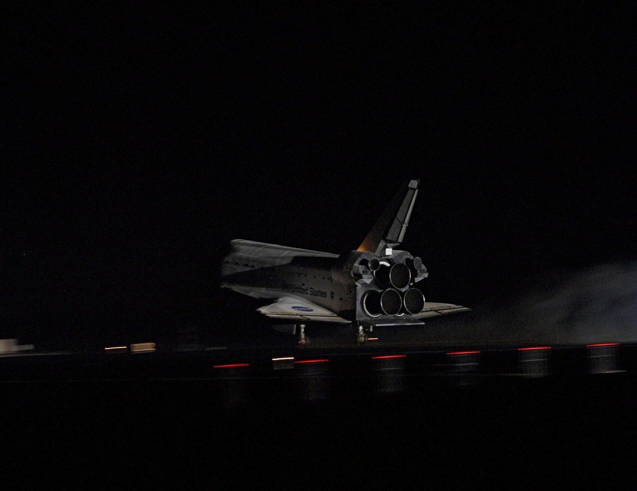 supersonic-youth:  Landing #DailyShuttle