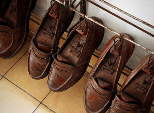 Hemingway's shoes at Finca Vigia in Cuba via A Headlong Dive