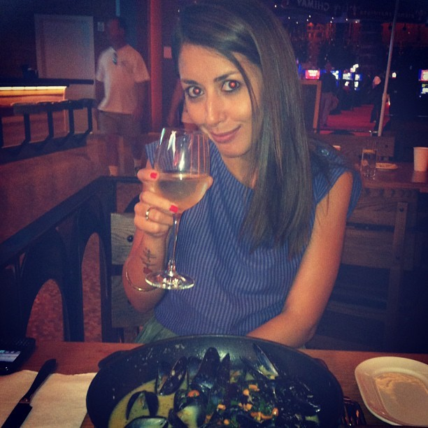Mussels! @valentina_vistoli  (Taken with Instagram at Mussel Bar by Robert Wiedmaier)