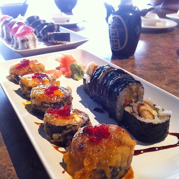 Forever eating… #Sushi #Japanese #FoodLife #GoodEats  (Taken with Instagram at AI Sushi)