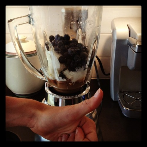 A little vanilla bean ice cream, whey Protein, cup of blueberries, peanut butter and a touch of cold coffee = delicious recovery shake ;) (Taken with Instagram)