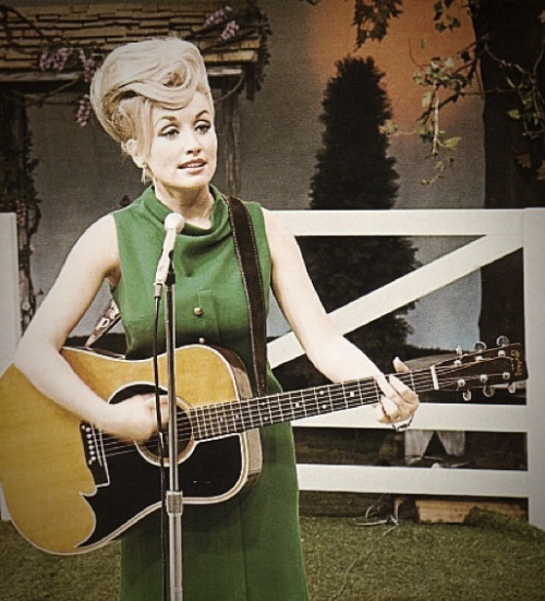 Dolly Parton via mudwerks