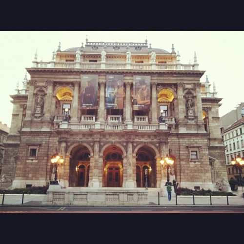 Budapest opera house (Taken with Instagram)