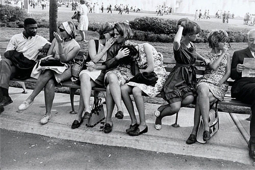 Gary Winogrand,World's Fair, New York City, 1964
