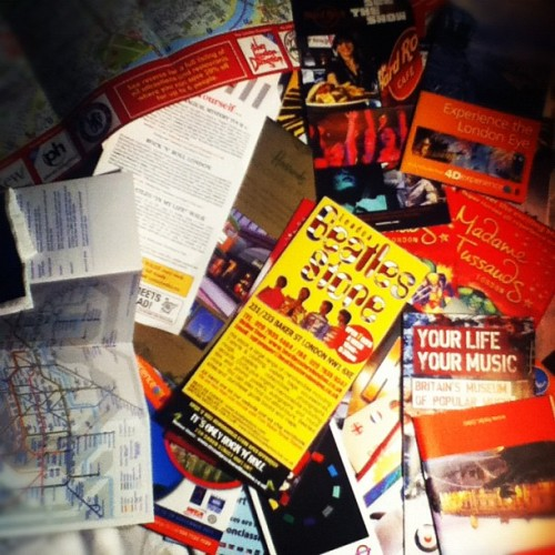 Remember London with my flyers #london  (Publicado com o Instagram)