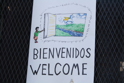 Bienvenid@s a tod@s / Everyone is welcome! Victor Martinez People's Library / Biblioteca Popular Víctor Martínez