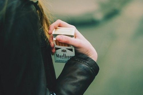 Cigarette,Cool kids cant die,Fashion,Girl,Marlboro,Skinny,Smoke,