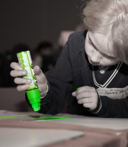 Everyone loves Jumbo Markers! the kids from our Next Children for Design event say thanks to @smiggle