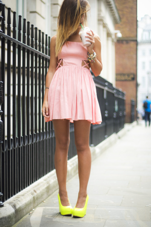 Topshop dress, ALDO wedges [source: lucitisima]