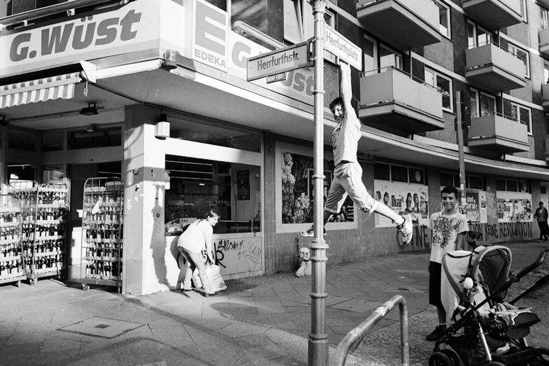 Berlin Neukoelln, July 2012 M6 + Elmarit 28mm 2.8 // Rollei Retro 100 (APX 100) in Rodinal