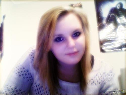 Oh hai there blonde hair :L