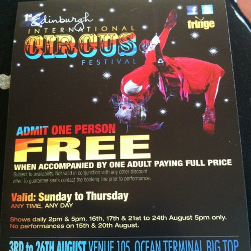 I wanna go see the circus!! #circus #edinburgh #festival #fringe http://bit.ly/NycUjP